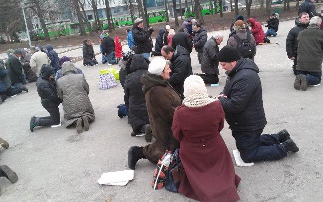 400 днів ранкової молитви в Харкові