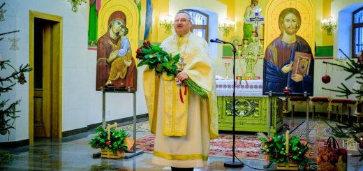 Отець Микола Семенович